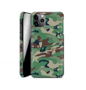 Phone case with green camo print (hard)