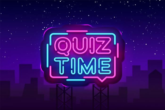 Blue and pink ´Quiz Time´ sign